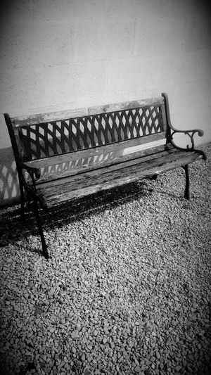 Empty Chair Vintage Seat Check This Out Hello World Relaxing Taking Photos Eye4photography  EyeEm Gallery EyeEmBestPics EyeEm Best Shots EyeEm Best Edits Eye For Photography Check This Out EyeEm Best Shots - Black + White Outdoors No People BYOPaper!