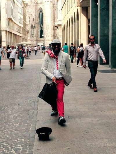 Milan,Italy Walking Men Person Built Structure Architecture Nexus5photography Nexus5x Moonwalk Milano