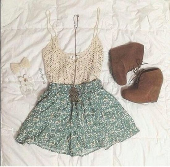 Like if you LOVE this outfit! Cute Outfit
