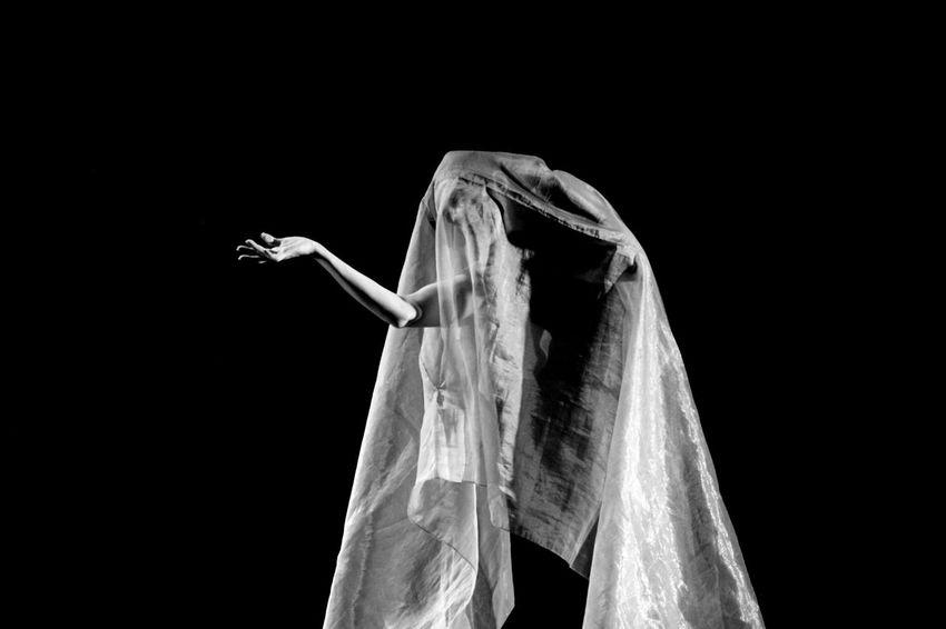 Black & White Creativity Loucura Madness Standing Teather Teatro Zoom