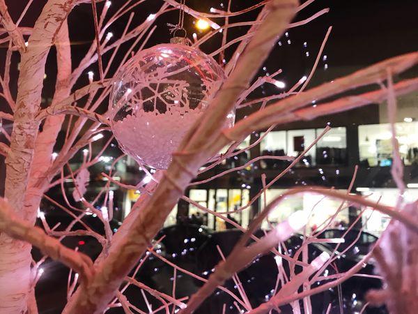 Pinky Christmas Christmas Tree Indoors  No People Close-up Night Illuminated Christmas Decoration Christmas Lights Christmastime Pink Night Lights Nightphotography Urban City Shades Of Winter HUAWEI Photo Award: After Dark Holiday Moments