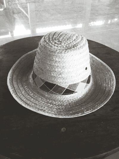 หมวก กันแดด รอน ร้อนเหมือนไทย ร้อนมาก ร้อนโลกแตก ร้อนจนเกรียม