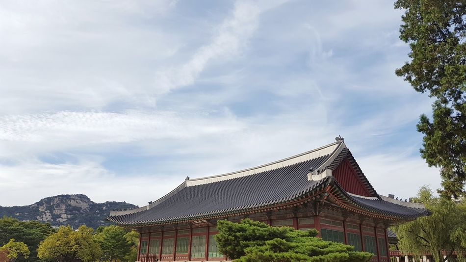 Architecture Sky Travel Destinations Built Structure Cloud - Sky Building Tree Building Exterior No People Outdoors Historical Building Dynasty Korean History Gyeongbokgung Palace, Seoul Korea South Korea Architecture Tree Mountain