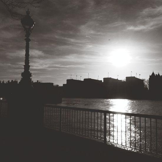Silhouette Monochrome London Streetphoto_bw Sunset Streetphotography Blackandwhite