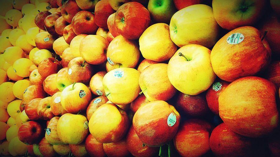 Fresh Produce Produce LetsGoShopping Grocery Store Grocery Shopping Grocerystore Fruit Fresh Fruits Apple Apples Colorful Color Explosion Color Portrait Colors Color