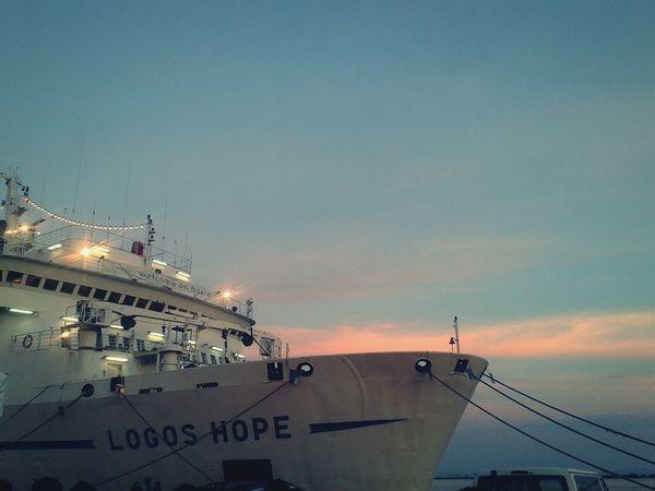 LogosHope Being A Bookworm Ships⚓️⛵️🚢 Cebu City