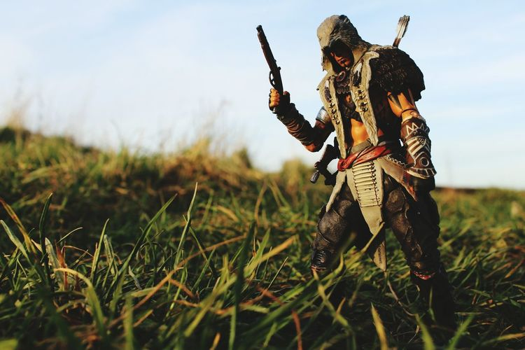 Alternate shot of Connor from McFarlane Toys' Assassin's Creed line. Not sure what to make of this app's editing functions over Instagram yet but time will tell... Toyphotography Assassinscreed Mcfarlanetoys Iamlostwithoutgrouptags First Eyeem Photo