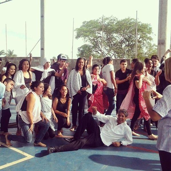 Gincana Escola  Colegas Amigos Dança Muitobom Cute Instalike Boanoite