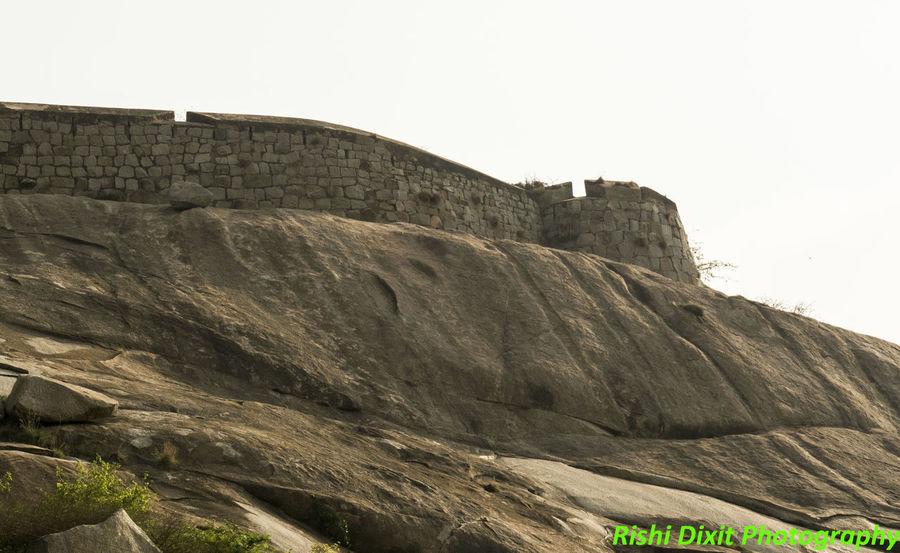 Gudibanda fort Forts Around Chikballapur Gudibanda Gudibande Ruined Fort Architecture Building Exterior Built Structure Chikkaballapura Fort Old Fort, Gudibanda Old Fort, Gudibande Rock Stone Wall Travel Destinations Wall