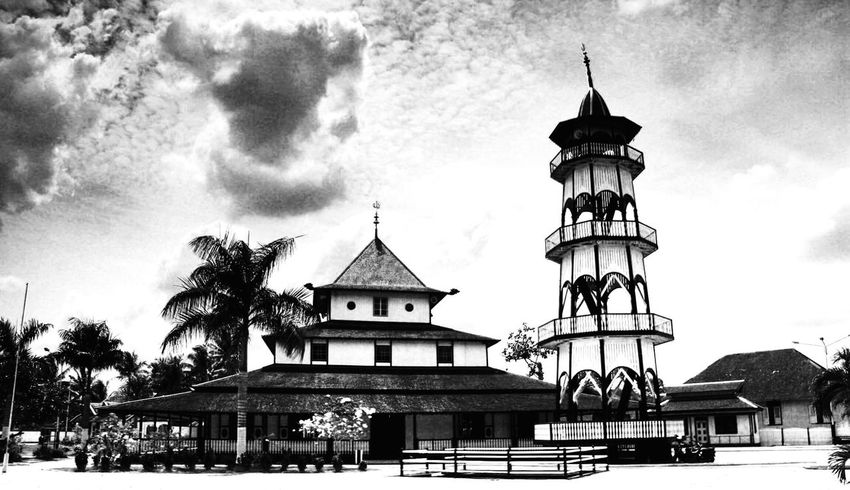 Photo Blackandwhite Black And White Black & White Old Buildings Old Mosque Mosque Samarinda