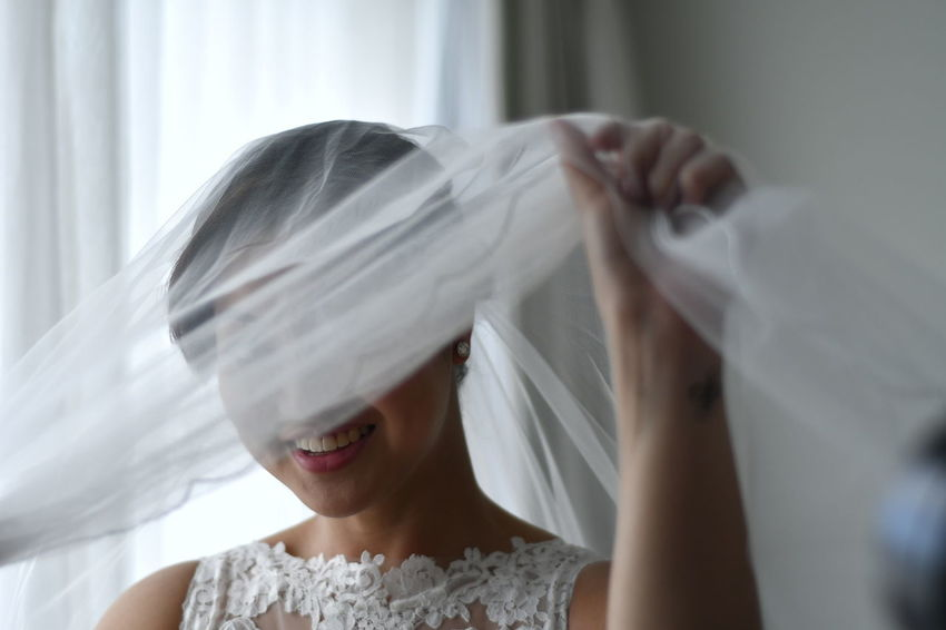 One Woman Only One Young Woman Only Only Women Headshot One Person Young Adult Veil Adults Only Adult People Young Women Indoors  Beauty Human Face Happiness Smiling Domestic Life Beautiful Woman Human Body Part Women Wedding Bride Nikon D500 Nikon