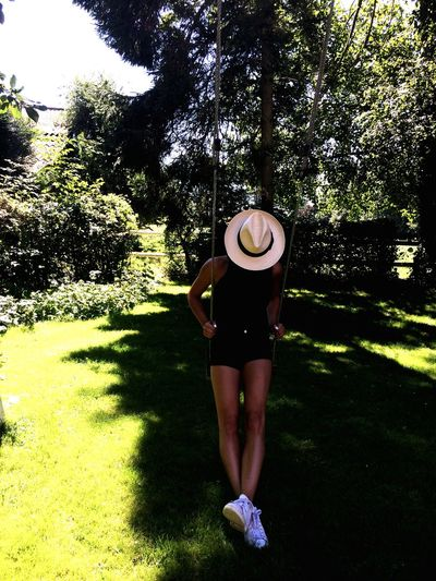 J'ai 4 ans Chillhood Enfance Normandie Garden GoodTimes Peace Hat Like A Child Life In Colors Photography