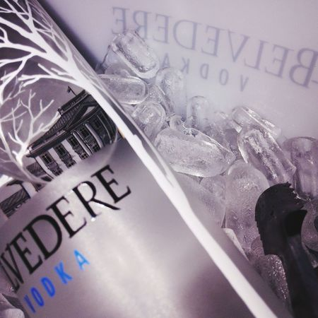 Belvedere Vodka Nightouts 😘👌 Girlsnightout! :) Girls Celebrating Birthday Girl Vodka🍹 Having A Good Time Looking Great Drinking Vodka Belvedere Pure Vodka Magnum