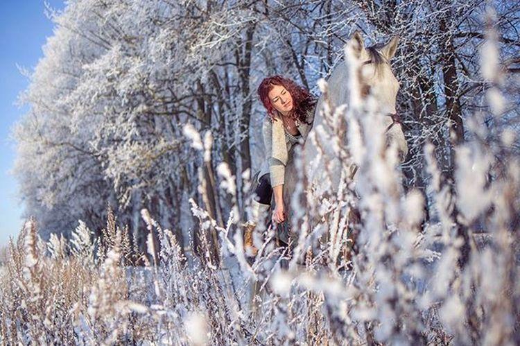 -16'C Horsephotography Horseriding Horse Winter Snow Redhead Freezing Lithuania White Ice Tamron35mm Frozen Girl Horsegirl Brandenburger Lake Morning Linksmakalnis Instahorse Horsetagram