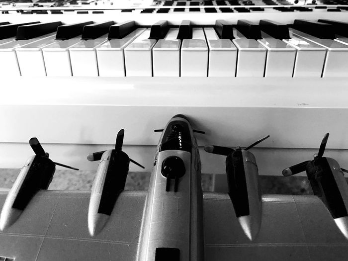 No People Close-up Indoors  Day piano moments Comin Into Los Angeles, Bringing In A Couple A Keys...