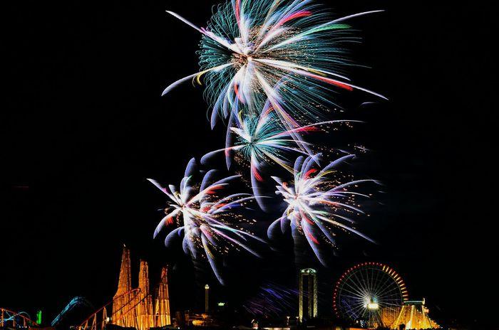 EyeEm Selects Night Firework Display Long Exposure Sky Midnight No People Illuminated ソラ 空 花火 花火大会 ナガシマスパーランド 開業記念大花火 そらふぉと 遊園地 遊園地の夜景 長時間露光 夜景