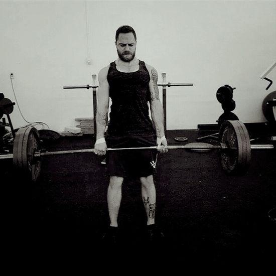 Lift heavy things Fitness Weight Training  Deadlift Fitfam