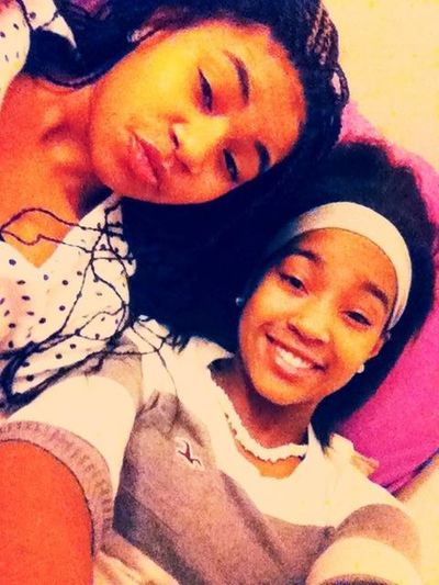 This Daisia and Imani hackin yoShiiiiiit. Follow Meeee :) @itsdaisiaa