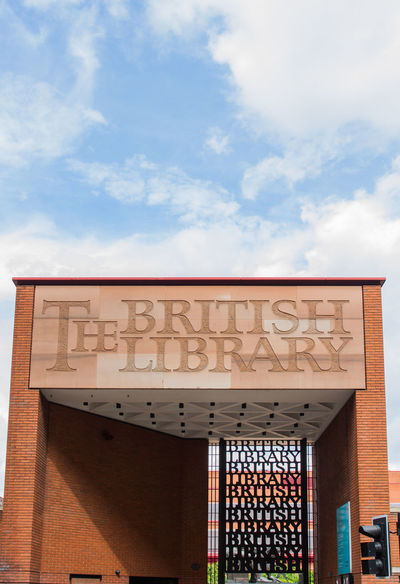 The large brick sign at the main entrance to The British Library which is the largest library in the world per catalogued items. Architecture Books British Library  Built Structure Culture Education Entrance Great Britain Information Sign Libraries Library London London_only LONDON❤ Low Angle View Main Entrance Media No People Research Sign Signage Signs SignSignEverywhereASign Sky Uk