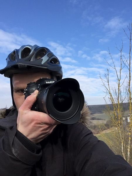 So langsam mal wieder anfangen😍 One Person Holding Technology Sky Men Camera Day Outdoors