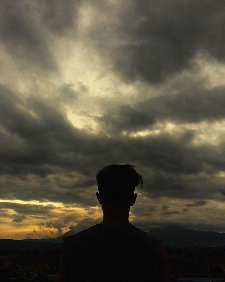 Mirando al cielo QuePeladoGuate Guatemala Prensalibre Guatemala City