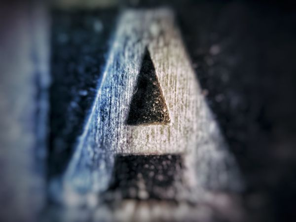 U can find me in d@@@@ Klique Klique Samsungphotography Eye4photography  Editorial Photography Hello World Macro Brass Knuckles EyeEm Selects Water Close-up Triangle Shape Pyramid Shape Bunting Weathered