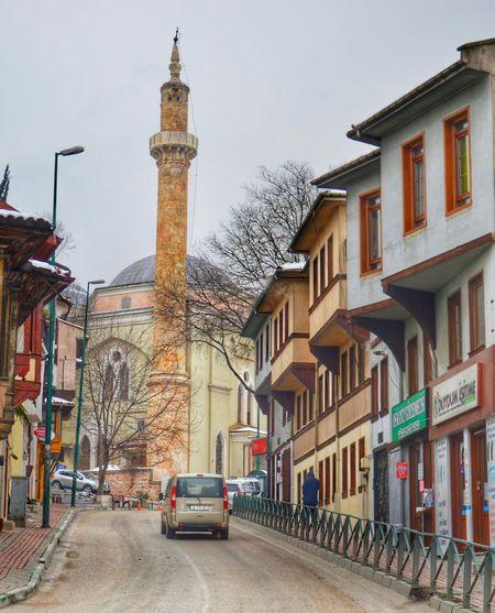 Benimgözümden Benimkadrajim Fotografheryerde History Bursa Old Buildings Cami Mosque Roads Gezgin Birkarehayat Kadrajturkiye Istanbuldayasam Ankaradayasam Izmirdeyasam Hayatakarken Gezgin Travel