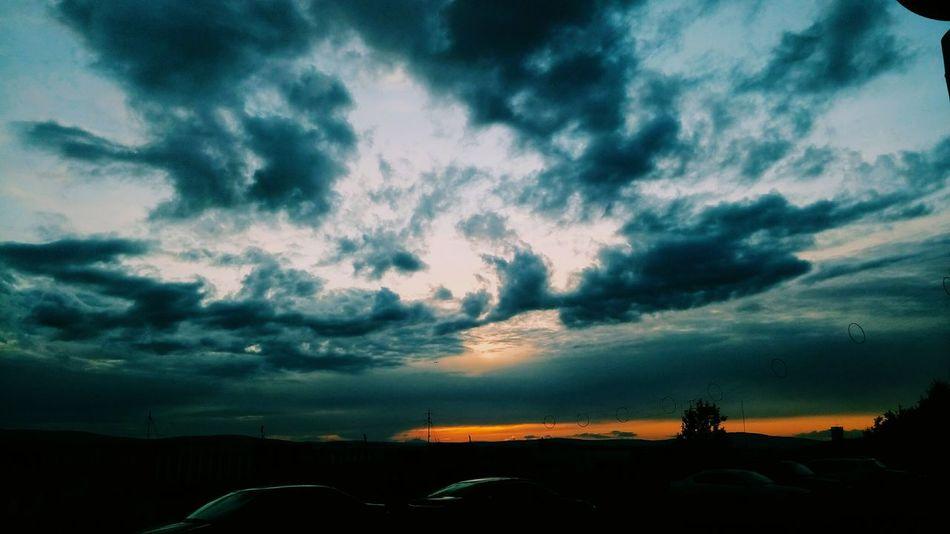 EyeEm Gallery Eyeemphotography Beautiful Nature Interesting Sunset Colorful Beautiful Landscape Russia EyeEm Best Shots - Landscape EyeEm Best Shots Murmansk Town EyeEm Best Shots - Nature Love ♥ Clouds And Sky Clouds Clouds & Sky Sky Russian Nature
