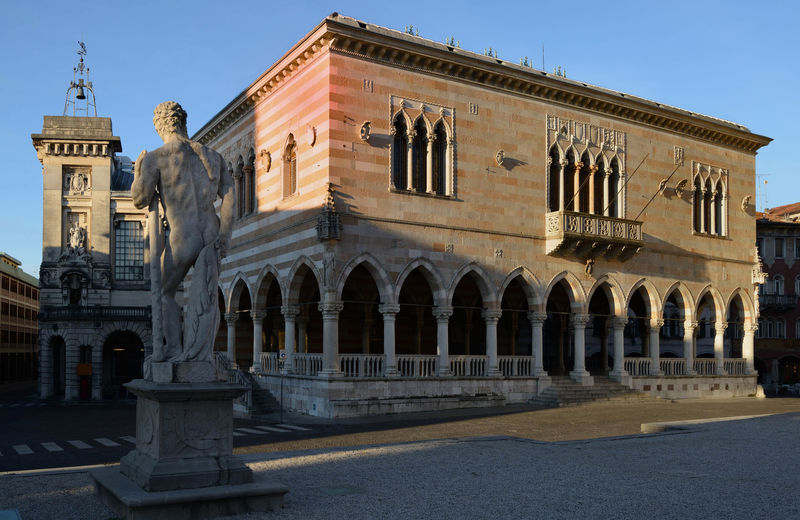 Architectural Column Architecture Building Exterior Built Structure Culture Friuli Venezia Giulia Historic History Italia Italy❤️ Loggia Del Lionello Tourism Travel Destinations Udine