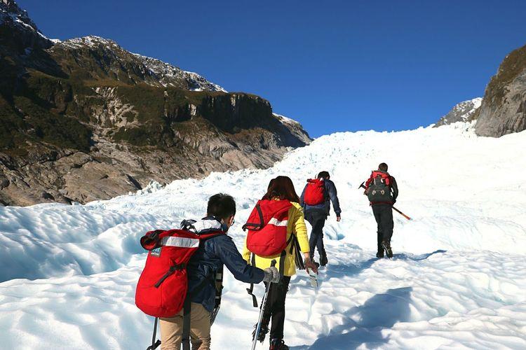 Feel The Journey Foxglacier Helihike Newzealand Travel People