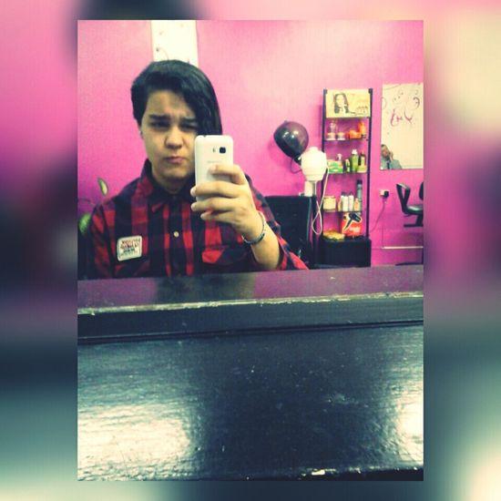 Hi! Me Lesbian Lgbteen Tomboy Tomboy Cute Hairdresser 💇