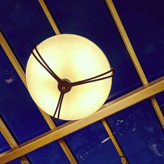 Looking up at part of the redecorated Wetherspoons in Stevenage.. Wetherspoons Stevenage Oldtown Hertfordshire Pub Ceiling Window Decor Light Glow Lookup