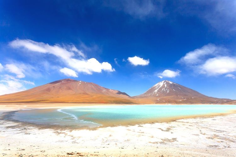 Laguna verde view, Bolivia Bolivia Bolivian Landmark Landscape Travel South America BOLIVIA ❤ Bolivian Altiplano Laguna Lagoon Verde Landscape Landmark Volcano Licancabur Licancabur Volcano Volcanic Landscape EyeEm Selects Salt - Mineral Water Mountain Depression - Land Feature Desert Sand Blue Wilderness Area EyeEmNewHere