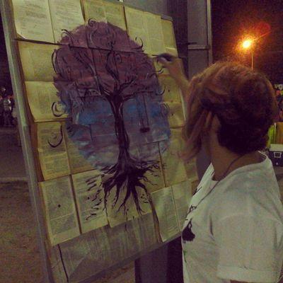 Disfrutando de el arte de @angelicad61 en el paseo Iribarren de la mano de @culturabqto ¡Genialisimo! Arte Teatro