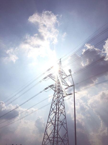 On the highway Sunset Electricity_Pylon Deviation
