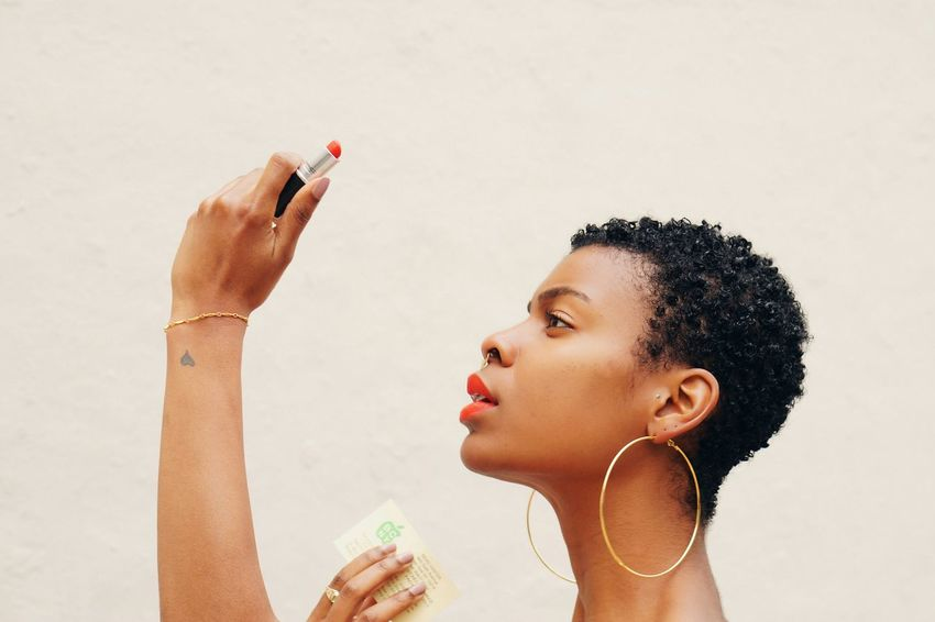 Necessary Vanity. Portrait Natural Hair EyeEm Eyeemgallery VSCO Vscocam Vscogrid Portraiture Naturalhairdaily Hanging Out