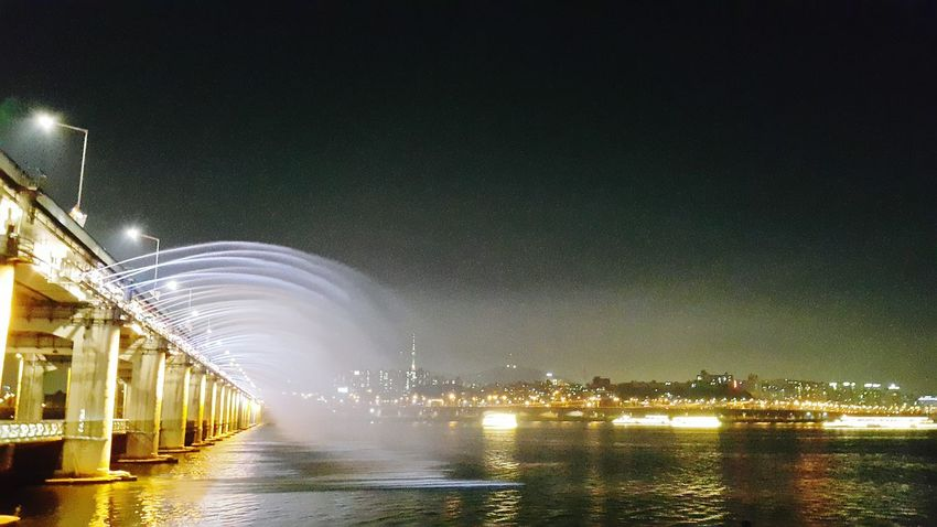 Taking Photos Jogging Mobile Photography Night Lights From My Point Of View Banpo Bridge