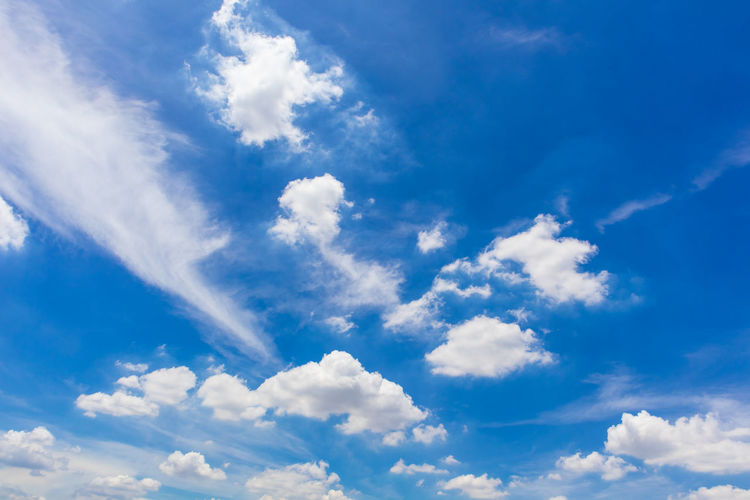 Blue sky and clouds on day to be design wallpaper or background