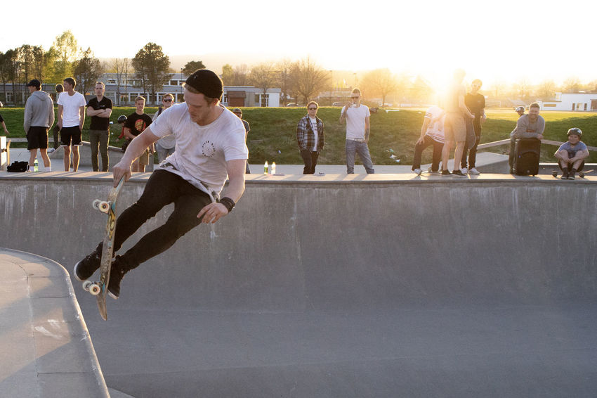 skateboars contest Skateboarding Leisure Activity Lifestyles Men Outdoors Real People