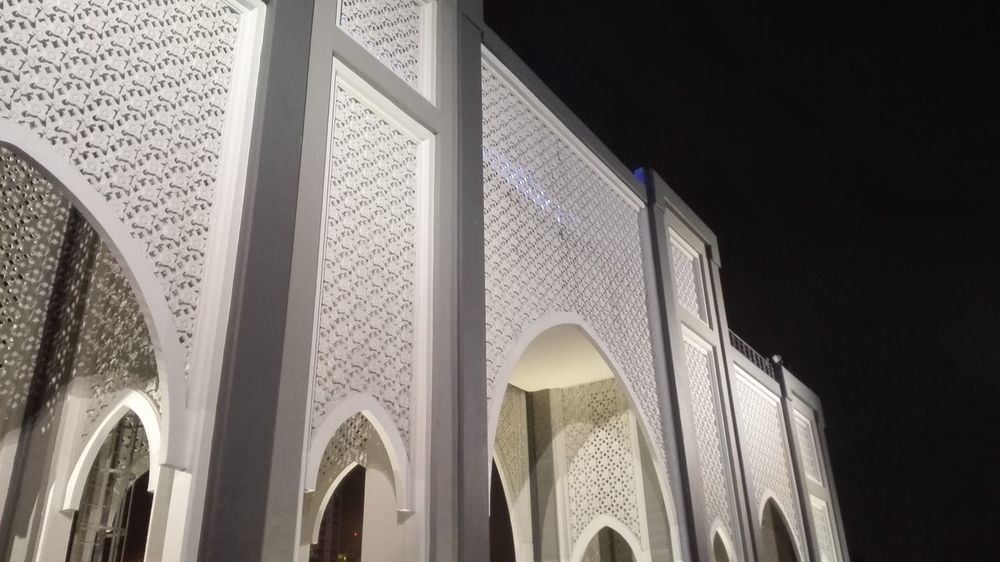 in the night Architecture Built Structure Architectural Column Arch Building Exterior Night No People Modern