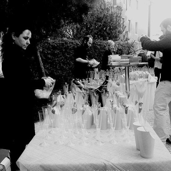 Prosecco Vernissage Venice Enjoying Life La Biennale Di Venezia Venicebiennale2015 Happiness