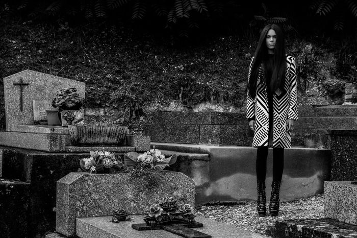 Alone in the cemetery Alone Cemetery Long Coat Coat Blackandwhite Girl Devi Woman www.gautiervl.book.fr