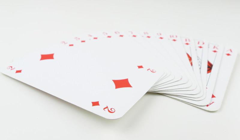 Close-up Day Gambling Game Cards Heart Shape Indoors  Karo Karten Kartenspiel No People Red Studio Shot White Background White Color