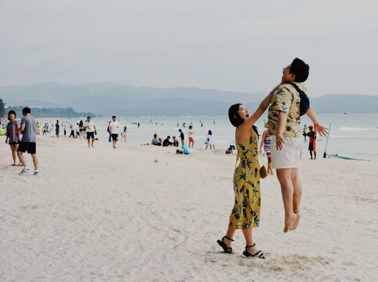 boracay Strangle Float Power Laboracay Boracay White Sand Beach Fooling Around Beach Large Group Of People Sand Real People Lifestyles Nature Vacations Men Sea Mountain Leisure Activity Sky Scenics Outdoors Water Beauty In Nature Day Shirtless Standing Women