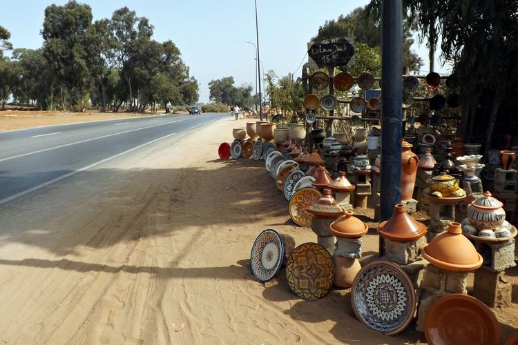 Been There. Poterie Rural Tajine Arbres Artisanale Artisanat Campagne Day Large Group Of Objects Marchandises Maroc No People Outdoors Route Sky Tree