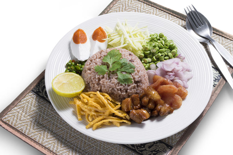 Thai food shrimp paste fried rice, Khao Kluk Kapi Cuisine Dish Egg Food Food And Drink Healthy Eating Meal Rice Thai Thai Food Vegetable