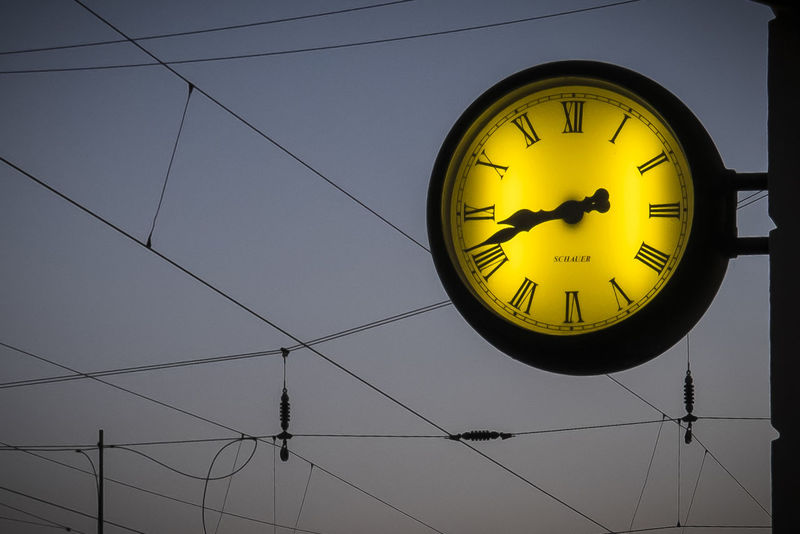 time Circle Clock Clock Face Close-up Geometric Shape Railway Station Station Clock Time