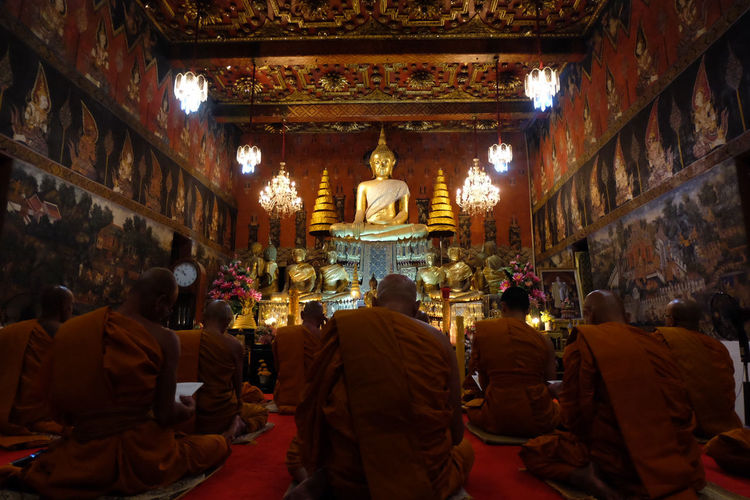 watchnight service at the temple #Happynewyear2018 Praying Temple Architecture Painting Happy New Year Ayutthaya | Thailand Buddhism Buddhist Temple Buddha Statue Religion Travel Destinations Indoors  Spirituality Gold People Statue