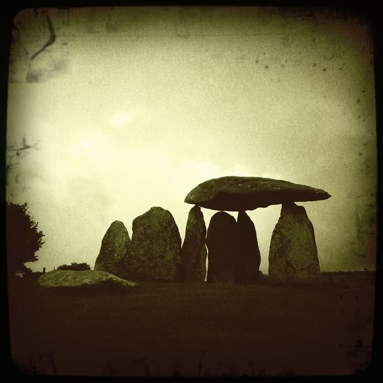 Pentre Ifan Burial Chamber Hipstamatic