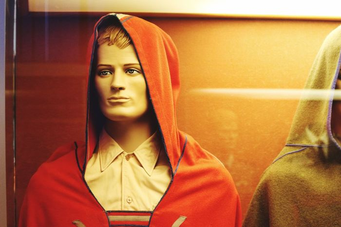 Tailored To You Clothes Orange Color Details Dummy Heads Covers model viewed in a museum in Sevilla Winter Clothes